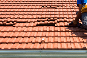 Roof Tile Removal